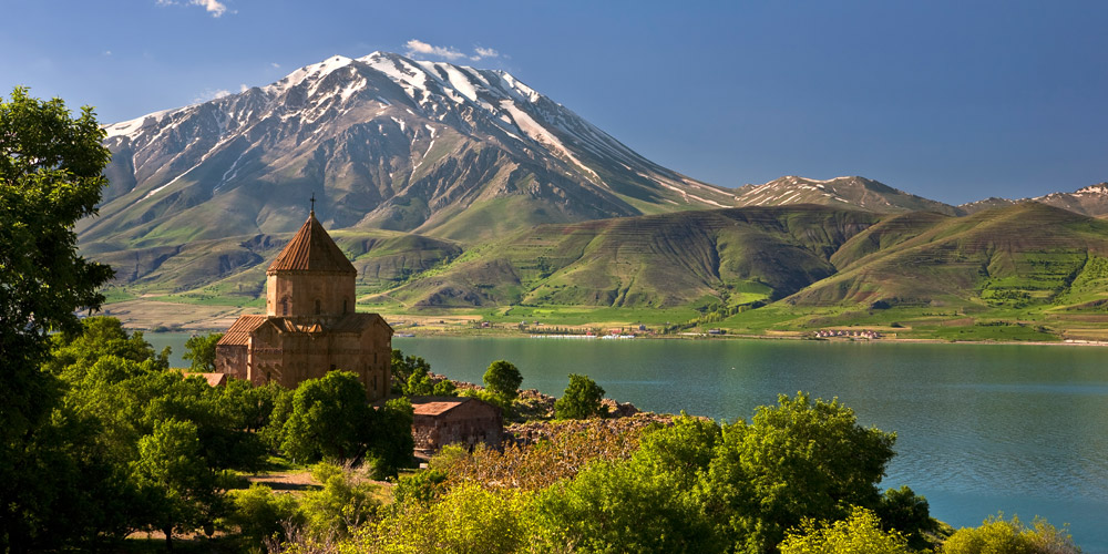 Van lake, with a view of Akhtamar Armenian church and Artos mountain in the back