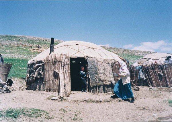Kuzugüdenli subtribe of Bayat turkmens, using round felt tent, Akkisla, Kayseri, 1980s