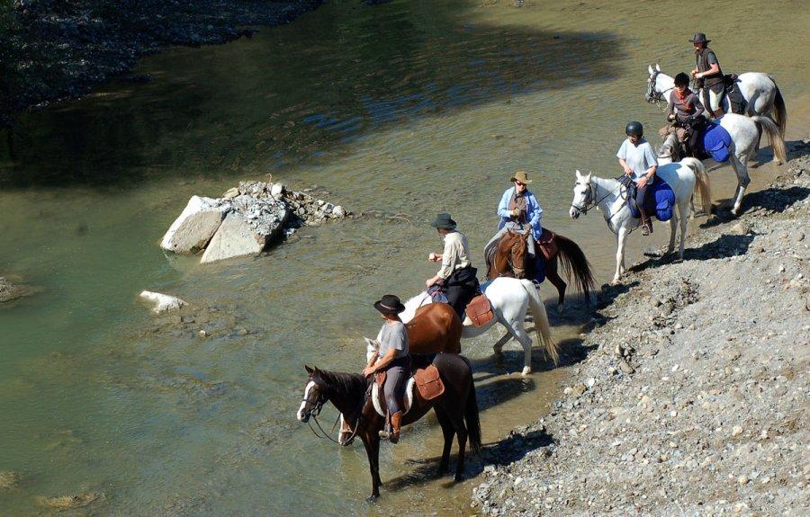 Evliya Çelebi Way, generally crossed with horses, as Evliye Çelebi crossed