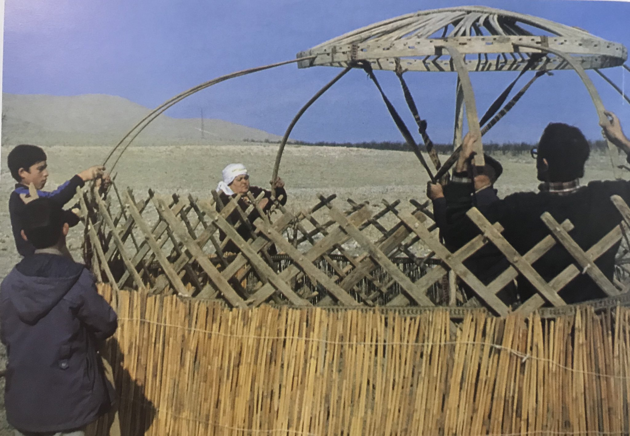 """Reed screens going around the tent, """"uğ"""" sticks added to """"tünlük"""" (the ceiling, uniting the walls and the upper part of Anatolian Tukmen tent, Derim, united to form the wall of the Anatolian Turkmen Tent, Bayat Tribe, Emirdag pasture, Afyon, West-Central Turkey, 1980s"""