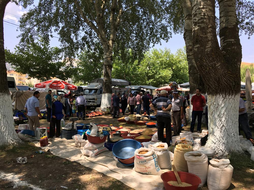 Nomadic market place in Ereğli town, South Central Turkey 2019